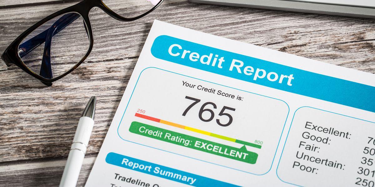 Default notice credit rating
